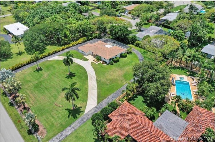 9100 SW 174th St  For Sale A11017759, FL