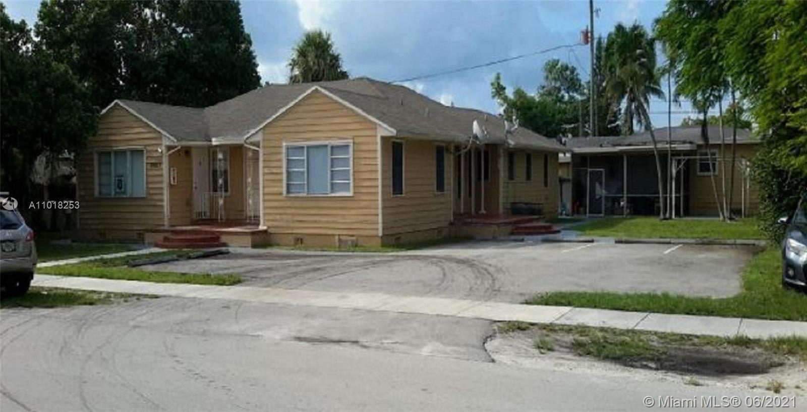 1928  Mckinley St  For Sale A11018253, FL