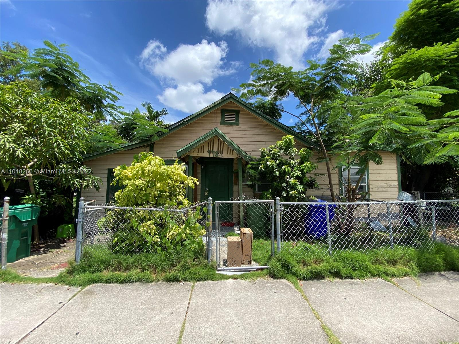 1787 NW 18th St  For Sale A11018266, FL