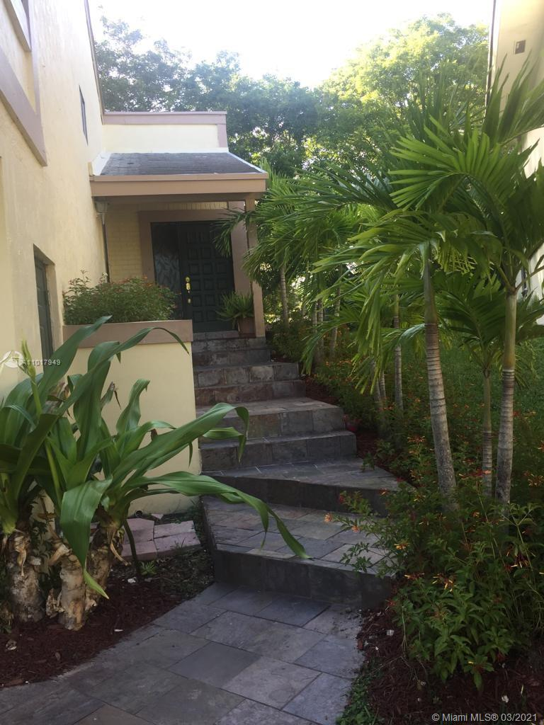 10013 SW 218th St  For Sale A11017949, FL