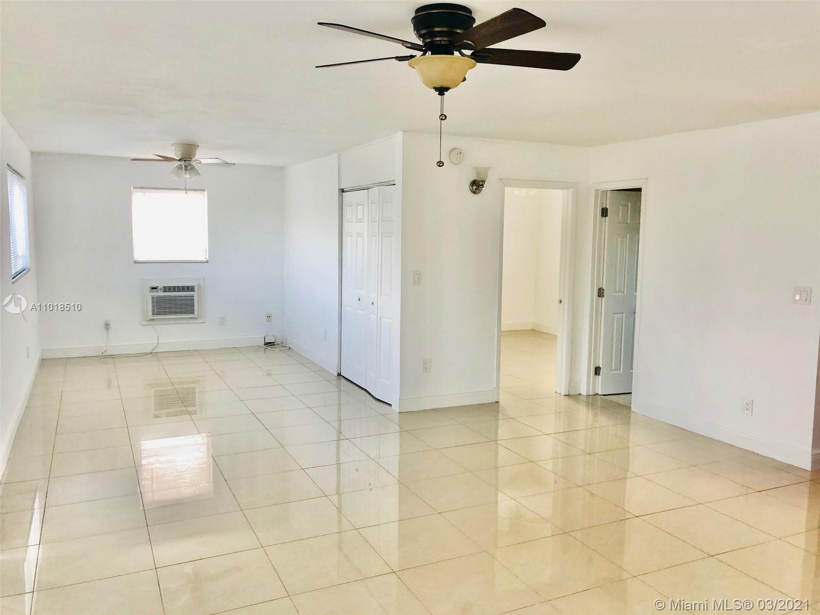 Beautifully updated unit including updated kitchen and bath. Move in ready, with large closets with ample storage. Located in highly desirable Fort Lauderdale. East of US 1 near all of the most desirable locations in Fort Lauderdale including hotels,ft Lauderdale intl airport,major hwys Just blocks from 17th Street Walking distance to the intracoastal and Rio Vista, and two short miles to beautiful Fort Lauderdale beach. Tropical landscaping throughout development and includes a heated pool, lake with fountain and a BBQ area. Only 4 units per 2-story bldg. Association says 55+