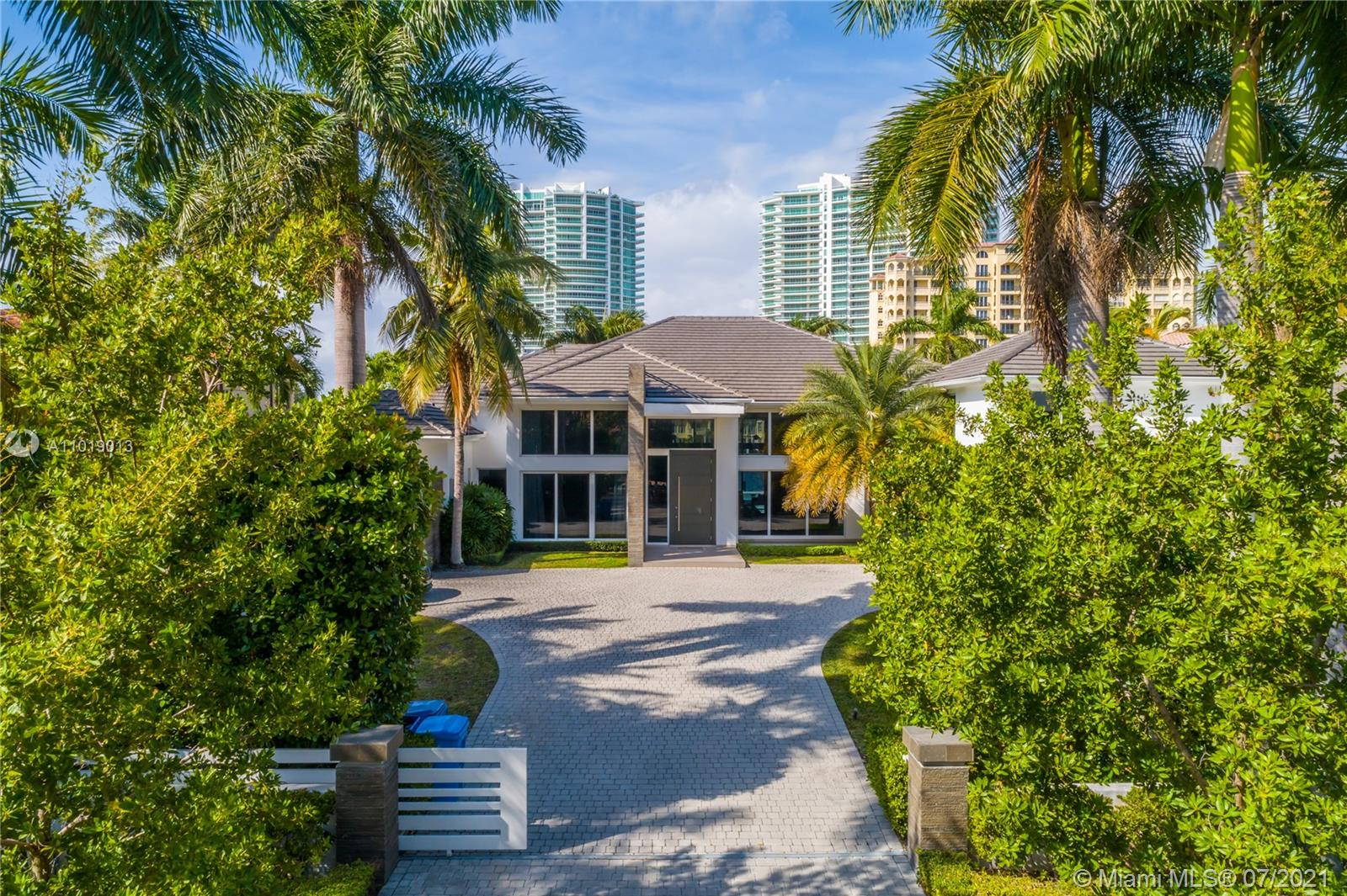 224 S Island Is  For Sale A11019013, FL