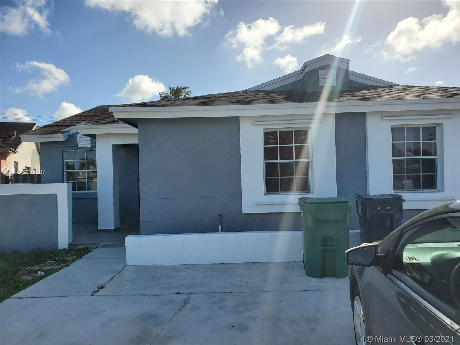18522 SW 114th Ct  For Sale A11020897, FL
