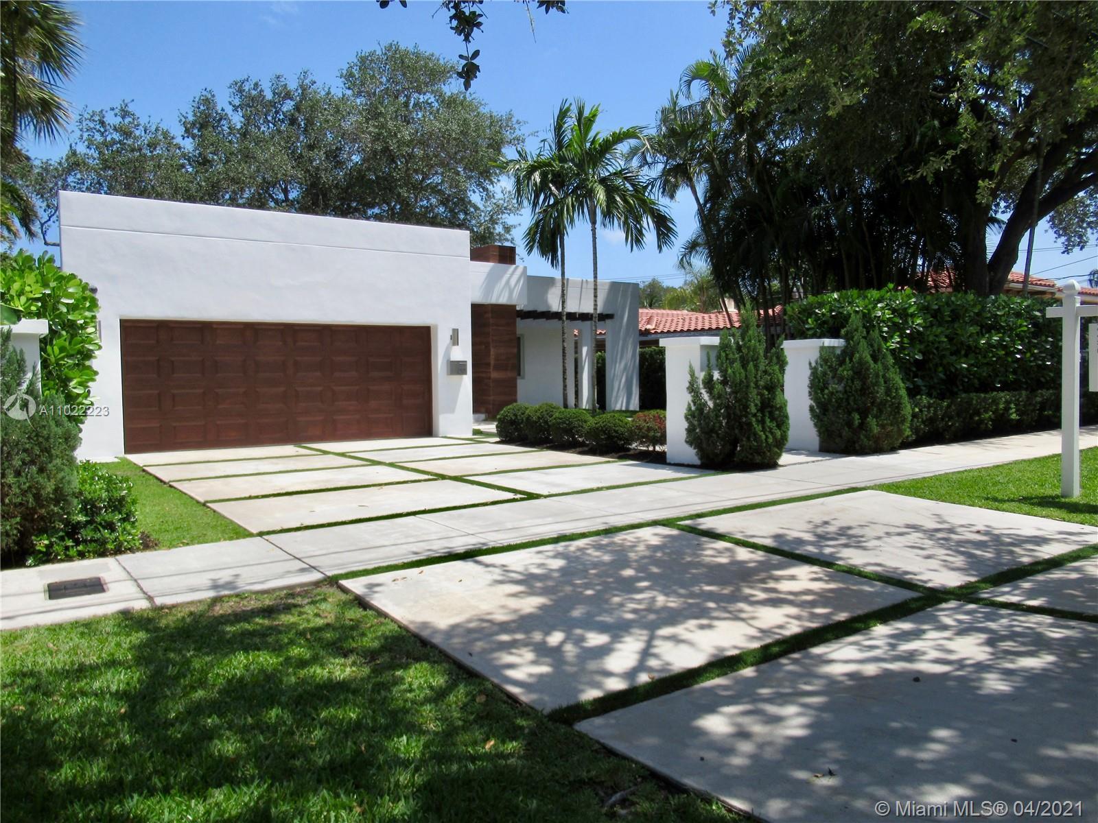 1315 N Rio Vista Blvd  For Sale A11022223, FL