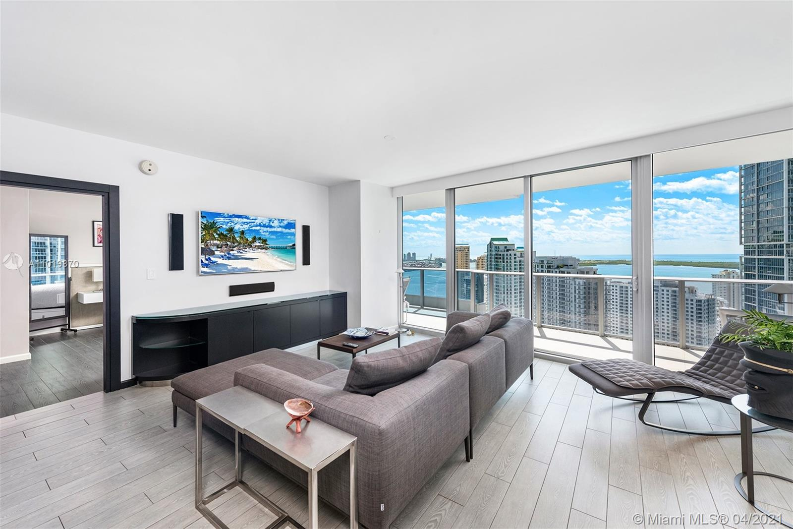 With style and sensibility, this breathtaking residence at the Epic Downtown is something to appreciate. Situated on the desirable '07' line, this 2 BD/2.5 BA Smart Home is rich in upgrades, such as electric blinds, custom build-ins and more. With its abundance of natural light and Southeast exposure, you won't tire of the direct views of bay & skyline from your oversized terrace. The Epic sits on the Miami River between DWNTWN Miami & Brickell, giving it high marks for walkability to top restaurants, retail, parks, cultural events and public transport. Living at the Epic means enjoying first class luxuries, a top rated restaurant (Zuma), Marina, 2 pools, gym, spa, valet and concierge. Bringing your pet? The Epic is very pet friendly. 2 parking spaces are included. Come see for yourself.