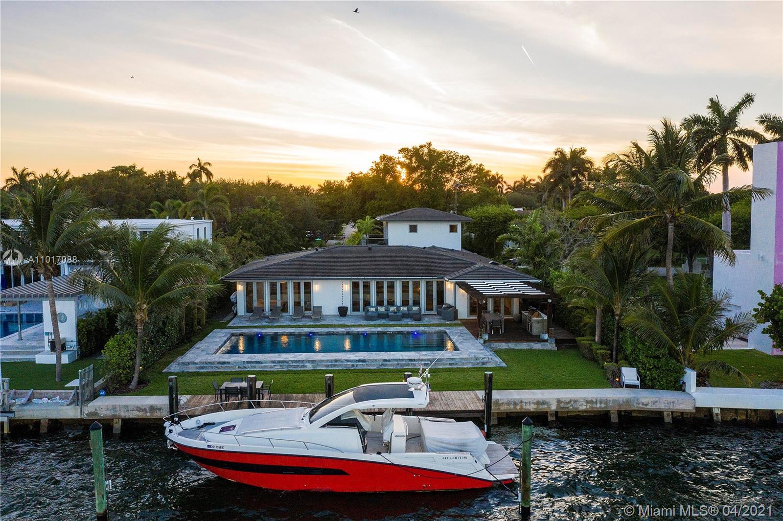 9301 N Bayshore Dr  For Sale A11017088, FL