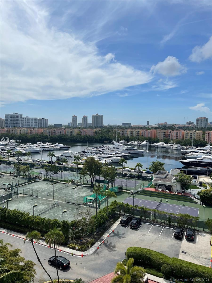 19707  Turnberry Way #10C For Sale A11022888, FL
