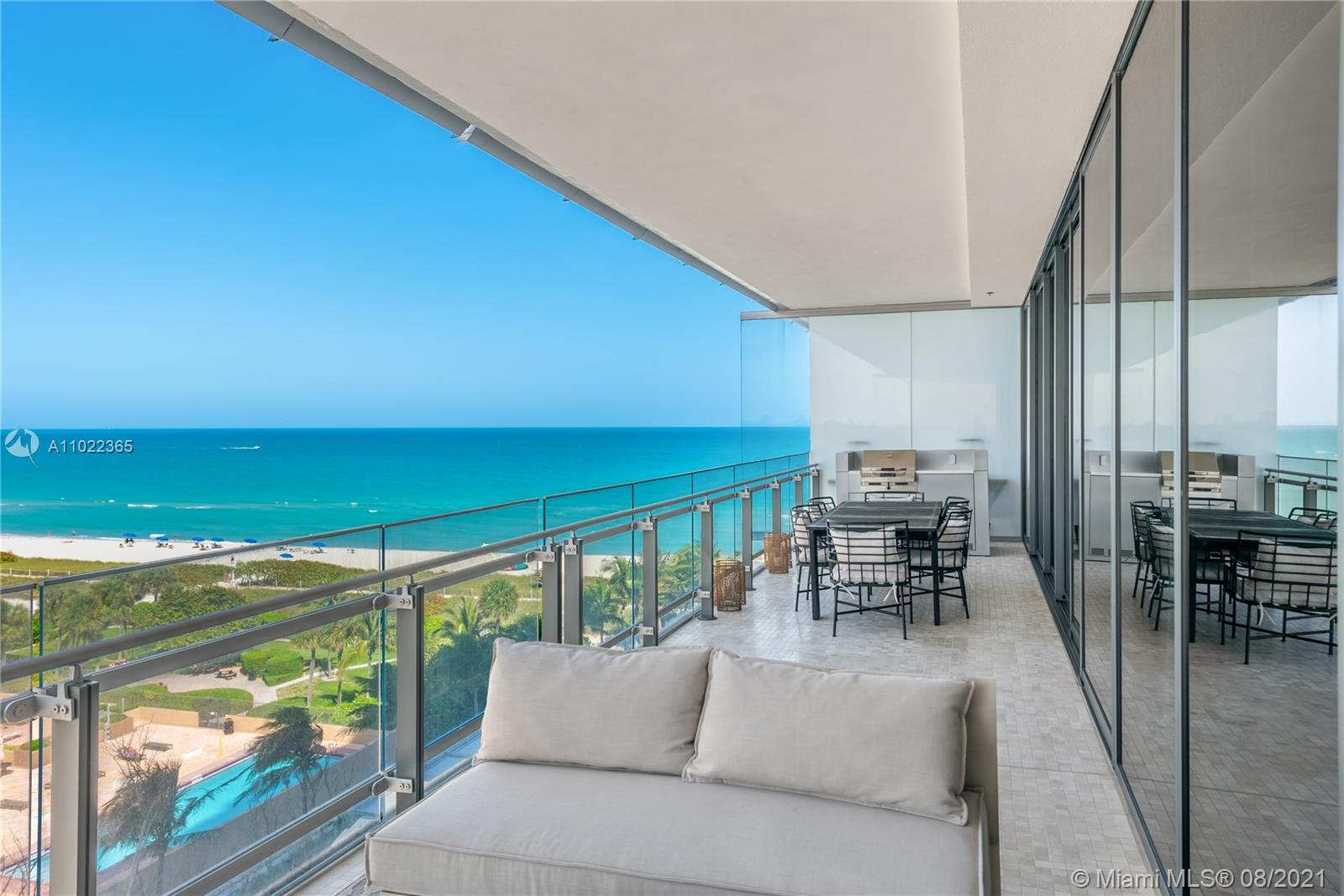 MUST SEE! Pritzker award winning architect, Renzo Piano designed building where ocean meets park in the most coveted neighborhood in Miami Beach. This is a unique custom designed floor plan with HUGE closets and a custom bathroom. Nothing has been spared, designer finishes from wallpaper to build-ins. Full service with security, concierge, spa, gym, restaurant and wine bar. Furnishing is by separate negotiation.