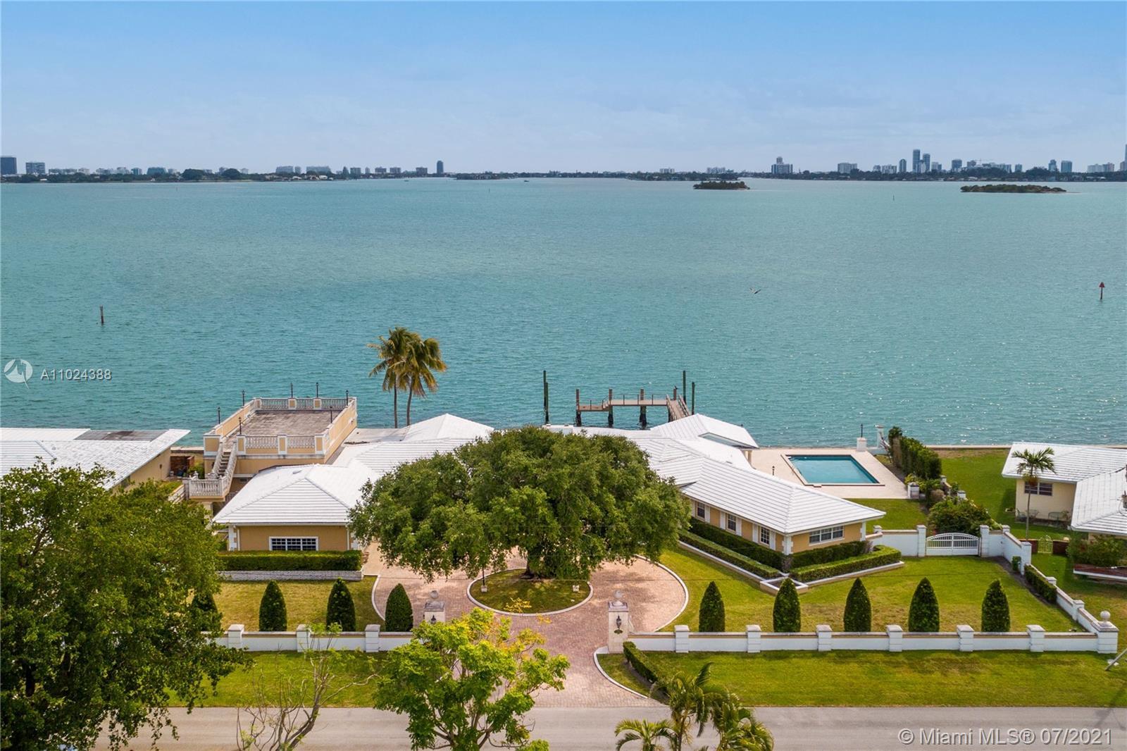 9767 NE 13th Ave  For Sale A11024388, FL