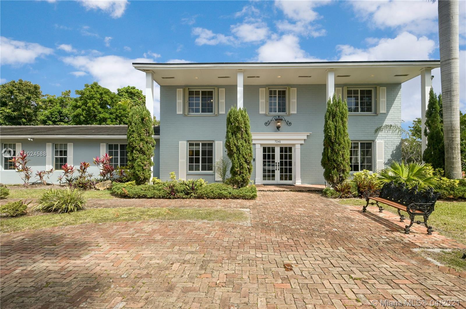 7241 SW 118th St  For Sale A11024588, FL