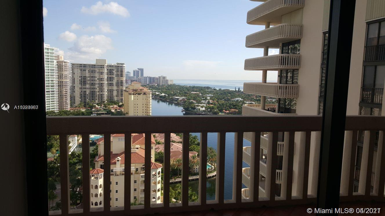 19707  Turnberry Way #24A For Sale A11024963, FL