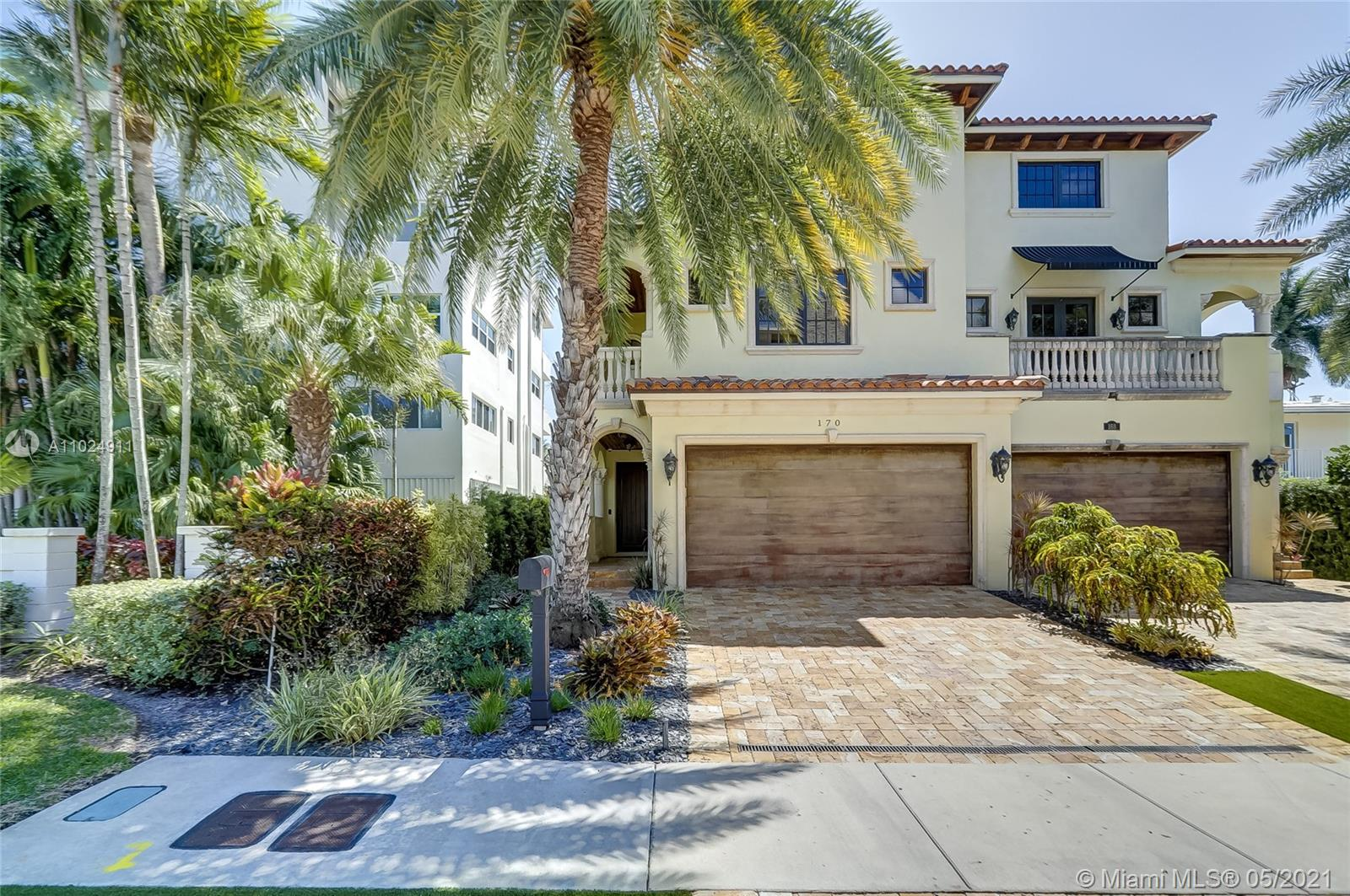 Gorgeous 3 Story townhome with stunning rooftop terrace with views of downtown Fort Lauderdale. This 3 bed 3 bath beautiful home with marble floors, granite countertops and high end appliances includes a private elevator, pool and deeded 40 FT dock.