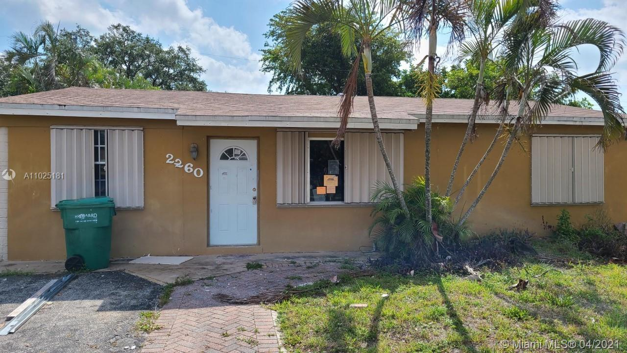 2260 SW 42nd Ter  For Sale A11025181, FL