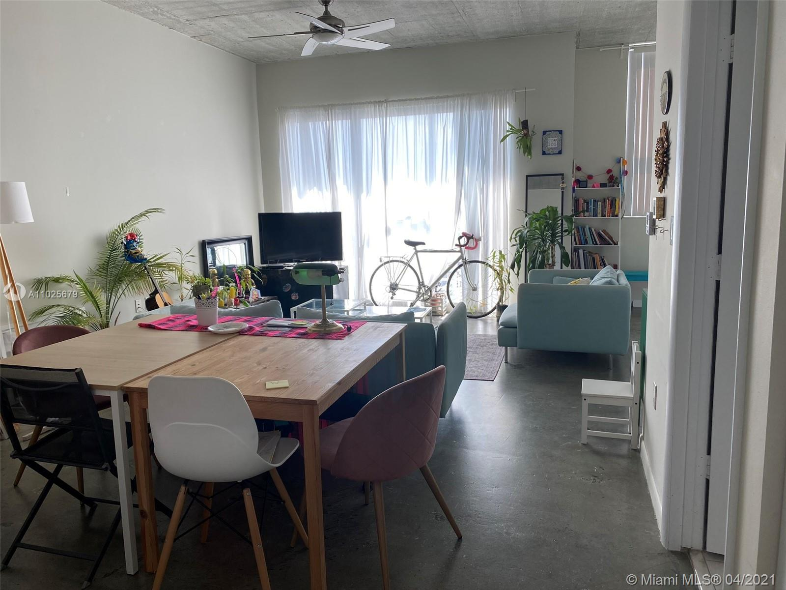 It is an amazing loft style unit with huge closet. Bedroom is easily separated from the livingroom. It has a beautiful city and a bay view and a balcony. Unit has washer and dryer inside. Unit comes with one parking which is next to the building and is $60 a month paid directly to the Miami Parking Authority besides the HOA fee.