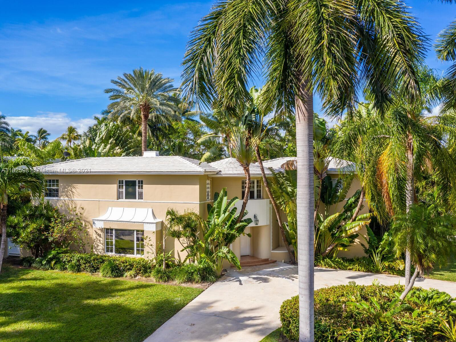 2560  Sunset Dr  For Sale A11025981, FL