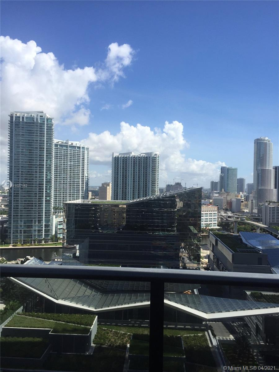 South Florida Riches Presents a one plus den in Brickell Heights East. Unit comes with a assigned parking space which owner paid $35k for and a large storage space for extras. Looks North to over Brickell City Center Mall with Downtown and water view. Wood porcieline flooring throughout the unit   and light gray finishes in the unit. Unit rented until April 2022 tenant paying $2450 monthly. Next to all the shopping and dinning Equinox Gym in the building.