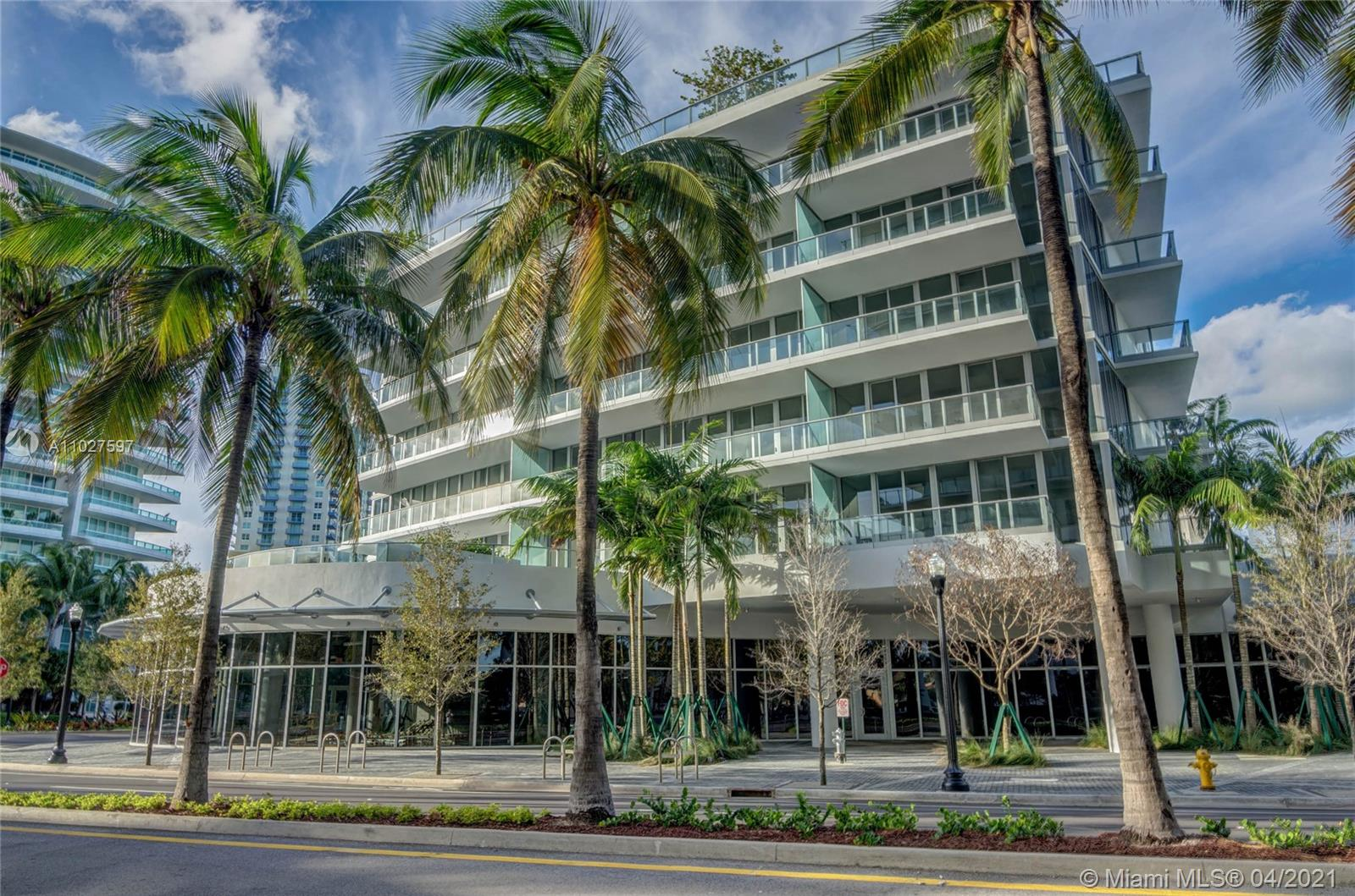 2 Bedroom 2.5 Bathroom + Den unit located at the most desirable West Tower at Marea, with beautiful sunset and marina/intercoastal views. Finishes include white marble 36 x 36 matt honed floors throughout the unit, tall 8 ft doors and window treatments with sheer and blackout. Kitchen is equipped with Wolf/Subzero Appliances. 10 ft ceilings and private elevators are just some of the features of this exclusive residence located in the heart of South Beach, within walking distance to some of the best restaurants in Miami, such as Joe's Stone Crab, Milos and Prime 112. Boutique building with only 30 residences, 24hr Security, Rooftop Pool, Exercise Room.