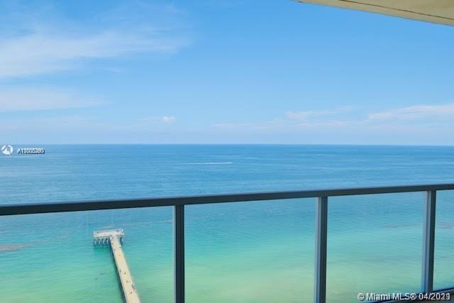 LUXURIOUS DIRECT OCEAN FRONT CONDO, 1,602 SQ.FT./142 M2 PLUS BALCONY. MASTER BEDROOM HAS AN INCREDIBLE ENDLESS VIEWS OF OCEAN AND BEACHES, LARGE WALK-IN CLOSET. THE BEST OF THE BEST, CORNER UNIT. BEAUTIFUL MARBLE FLOORS THROUGHOUT THE CONDO, MARBLE COUNTERS, STAIN AND STEEL APPLIANCES. SPLIT LAYOUT, BEST LINE IN THE BUILDING! MASTER BATH DOUBLE SINK, SHOWER AND TUB SEPARATELY, WRAPAROUND BALCONY!! - 1 MONTH RENT ALLOWED!! A MUST SEE!!! STORAGE SPACE.