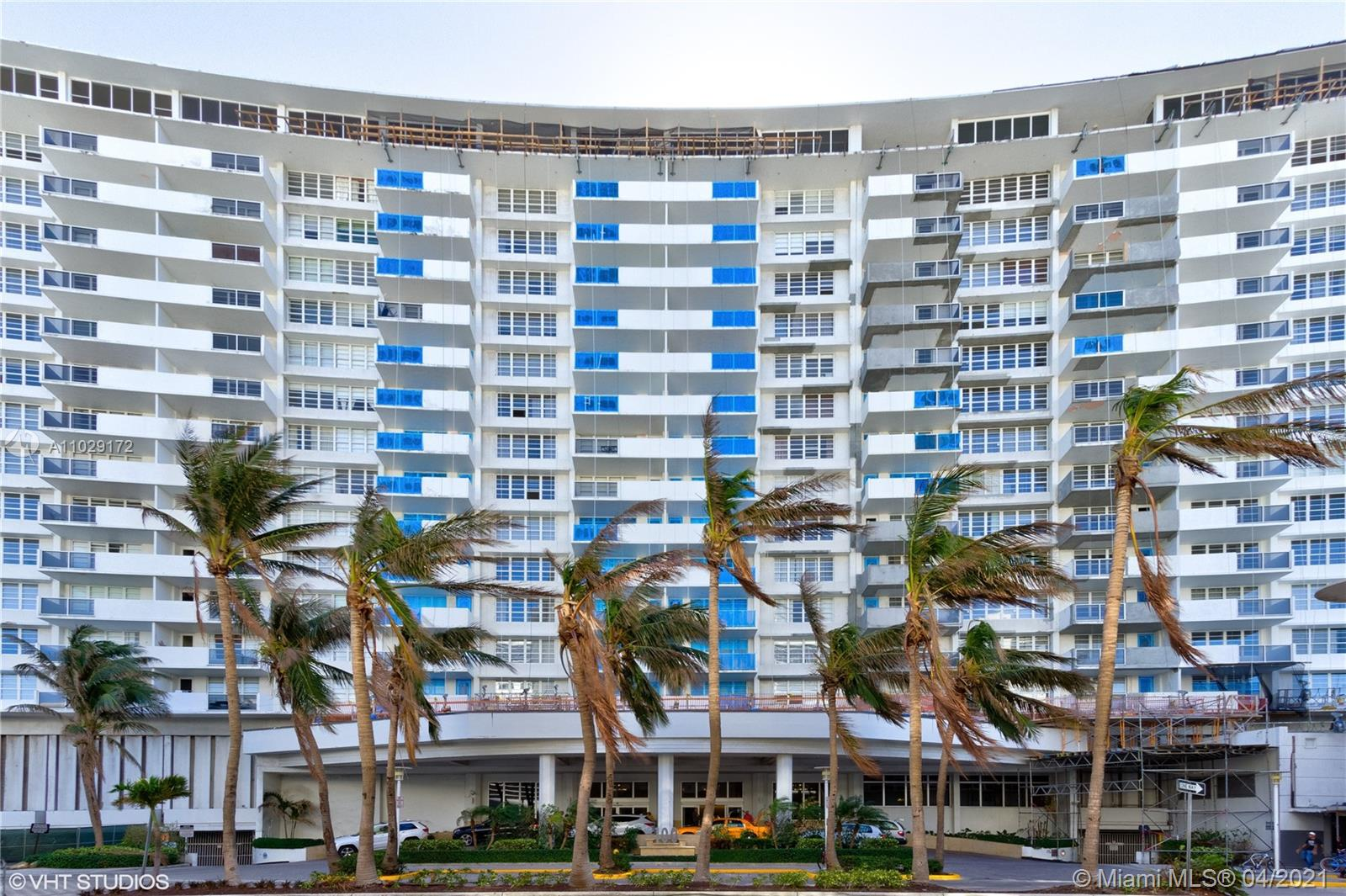 Great remodeled 1BR/1.5BA right on the beach. Granite counter tops & SS appliances. Perfect location with beach and Lincoln Rd at your door. Maintenance fee includes: basic cable, water, A/C, internet & all the amenities. One valet parking. Very good investment, you can live at the unit and make a good income when you are not there. Short term rental with a minimum of 30 days are allowed in the Building. Furniture is included with the right offer.