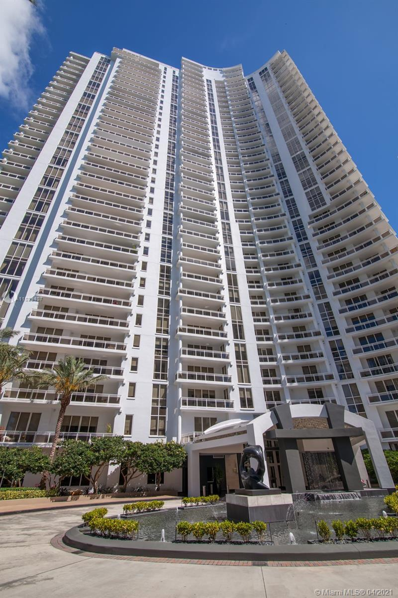 Extra high ceiling in this unit at the prestigious Carbonell Condominium in the most desired line 06. Unit has 3 bedrooms and 2.5 baths of luxury,  top of the line appliances, hard tile floors throughout and spectacular water views. Building has a gym, racquetball courts, tennis courts, pool, indoor playground, party room, 24-hour valet, concierge, security and much more. Minutes away from Mary Brickell Village and Brickell City Centre. Unit is rented until June 14th 2021 for $5500 per month