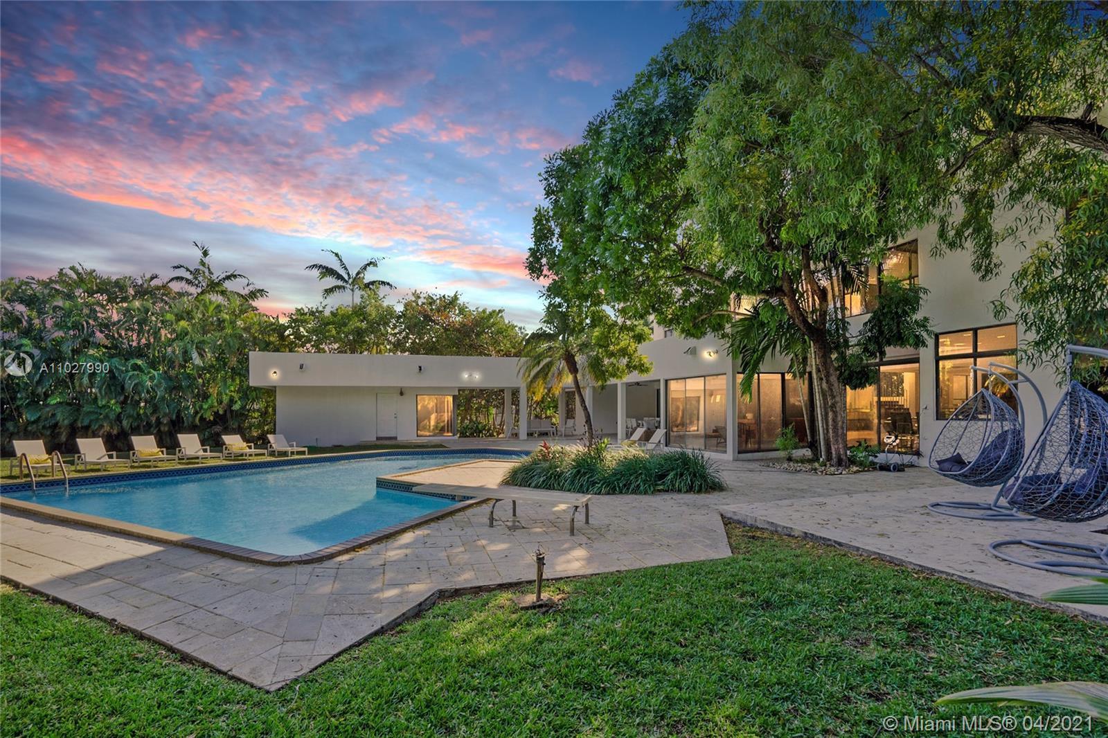 20251 NE 25th Ave  For Sale A11027990, FL