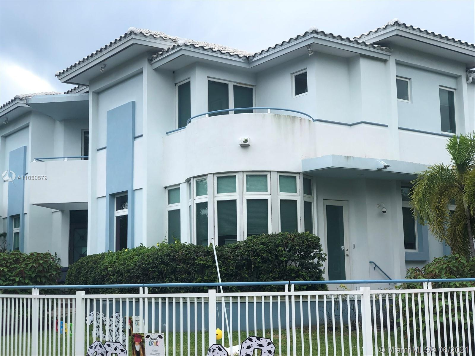 4350  Post Ave  For Sale A11030579, FL