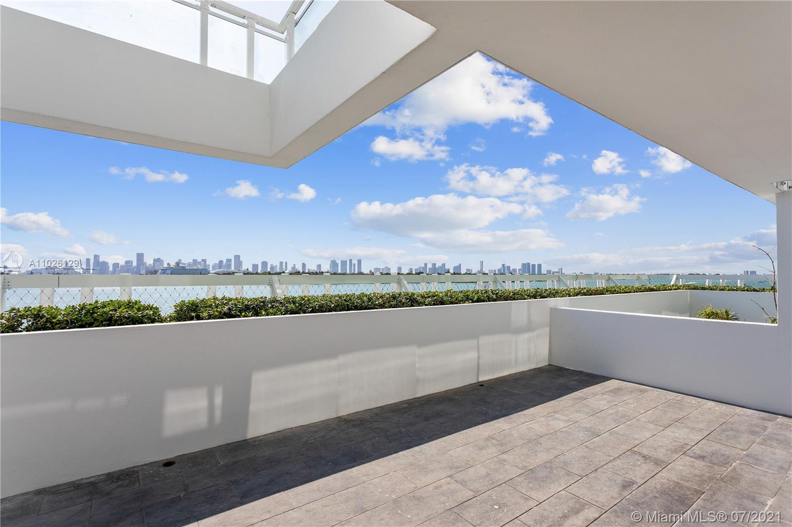 520  West Ave #502 For Sale A11026129, FL