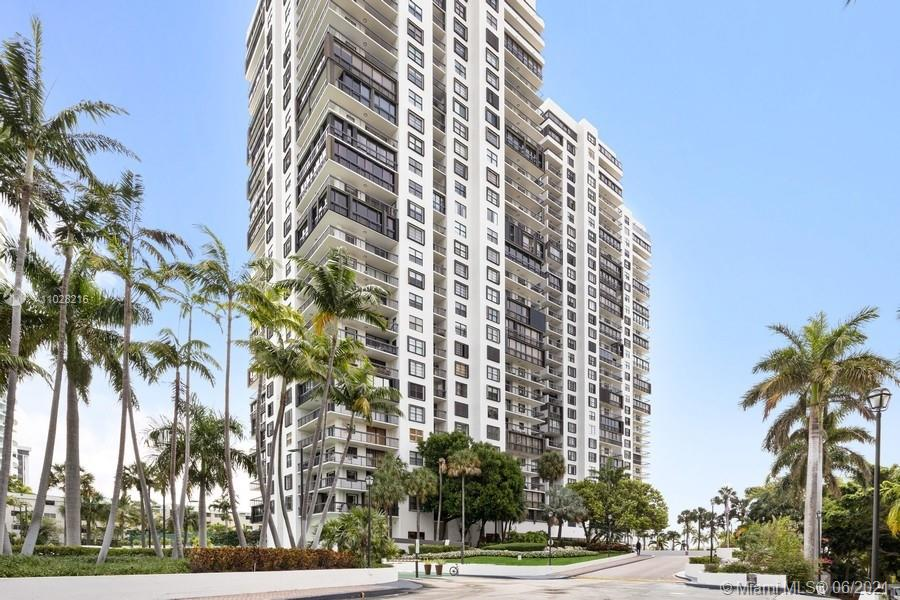Spacious corner unit with enclosed balconies has sensational views of Biscayne Bay.  This 2/2 split plan apartment has tile floors, semi-open kitchen, laundry room, one assigned parking space and storm shutters throughout.  Unit is rented until 6/15/21. This amenity rich condominium has 5 tennis courts, heated bayfront pool, grocery, beauty salon, new gym and more.  BBC is within walking distance to downtown , a bike ride away from Key Biscayne beaches and two  blocks away from the  I-95 entrance. Perfect location!