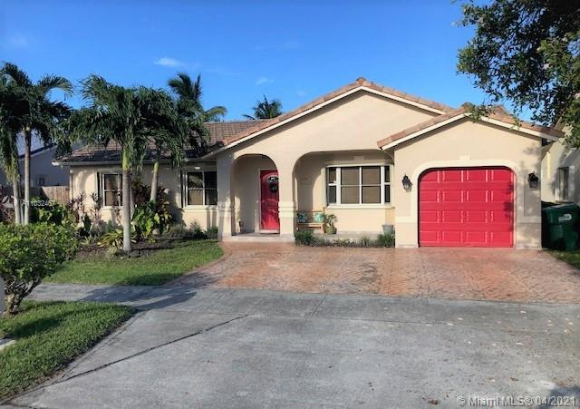 3/2, 1 car garage SFH, well kept open floor plan with vaulted ceilings, SS appliances, granite, tile & laminate floors, accordion shutters, crown moldings, terrace with retractable awning, fruit trees, yard has space for pool. Gas water heater and dryer, No Association.