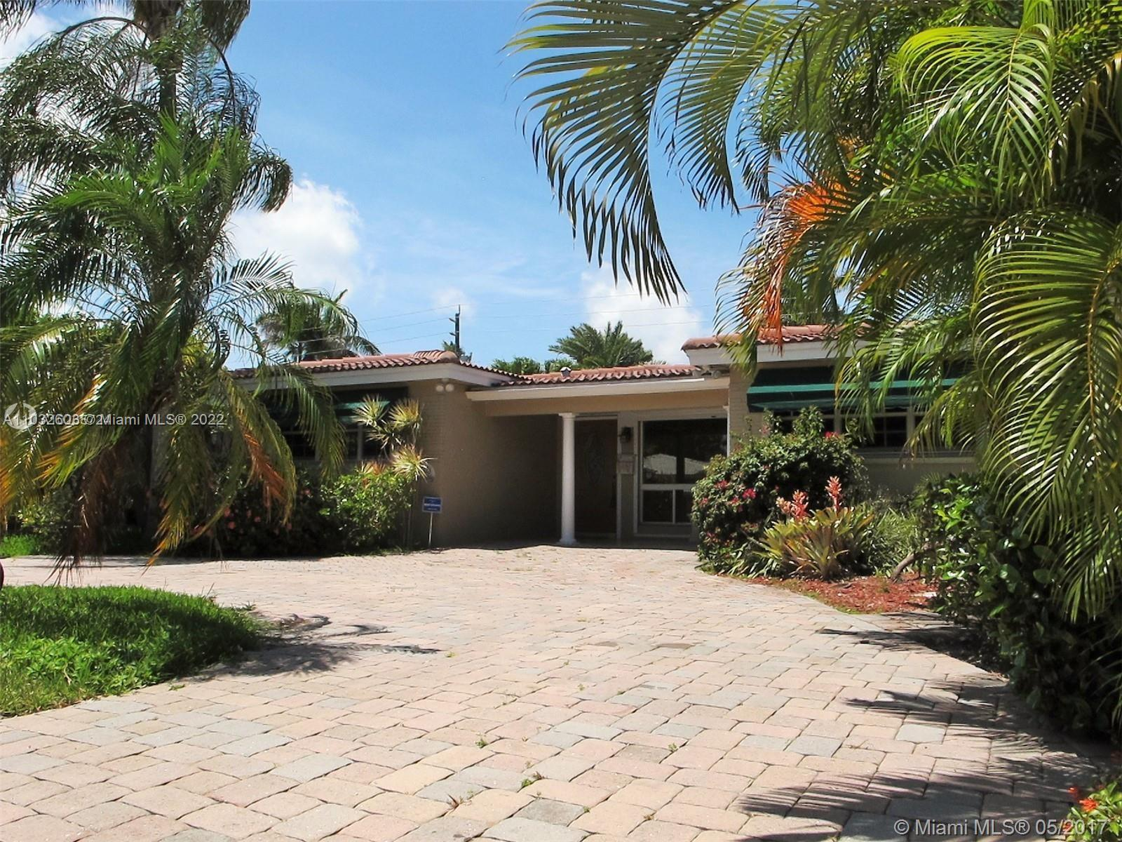 1223  Lincoln St  For Sale A11032603, FL