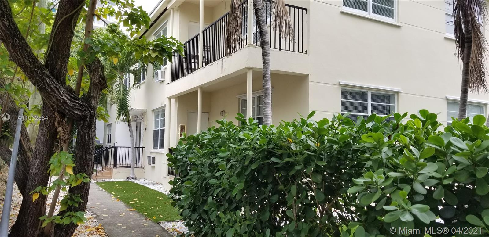 1610  Bay Rd  For Sale A11032684, FL