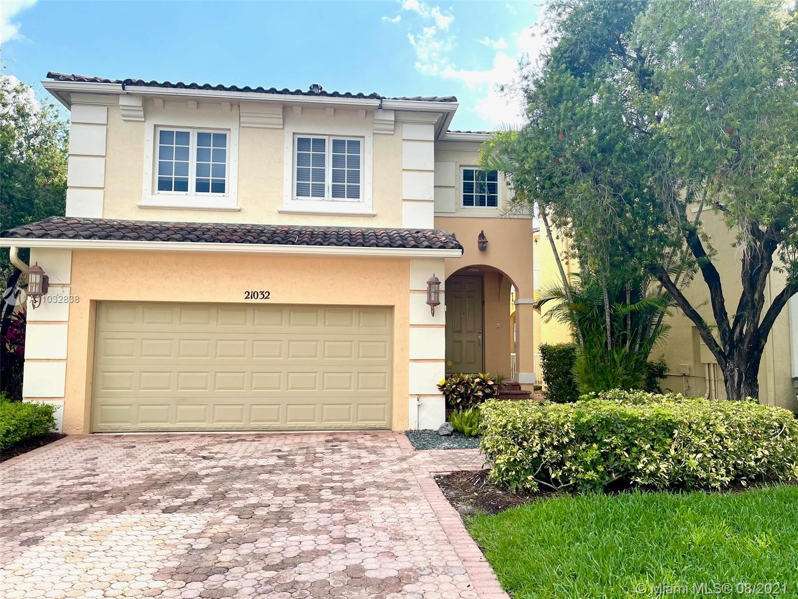 21032 NE 32nd Ave  For Sale A11032838, FL