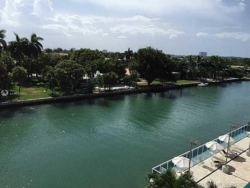 9800 W Bay Harbor Dr #510 For Sale A11020052, FL