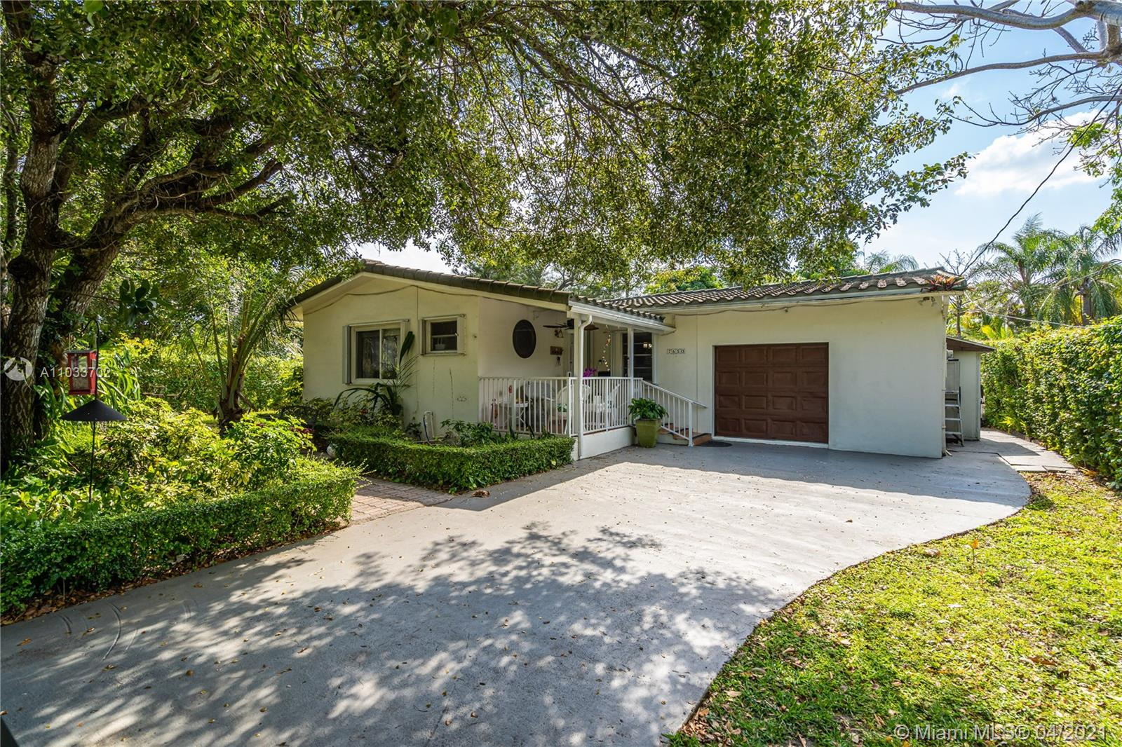 7650 SW 64th Ct  For Sale A11033702, FL