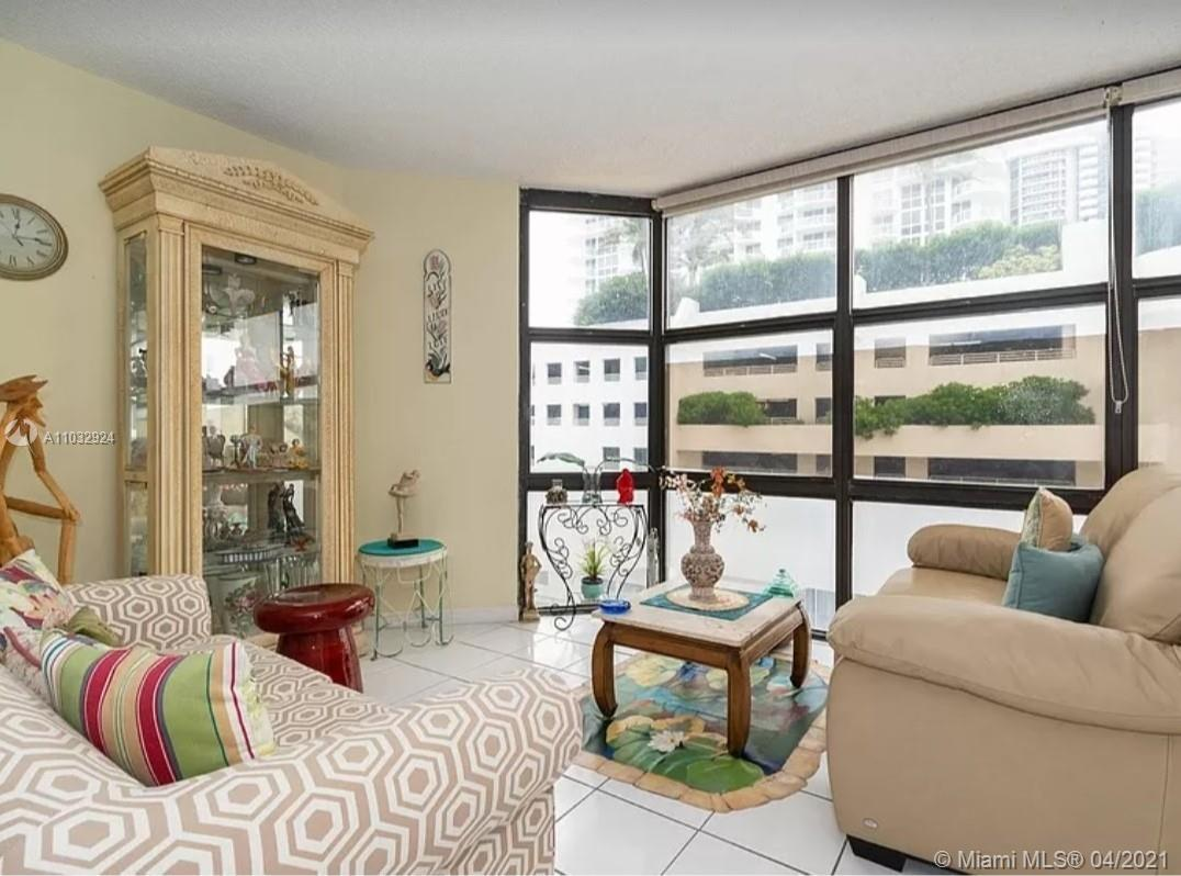 6423  Collins Ave #401 For Sale A11032924, FL
