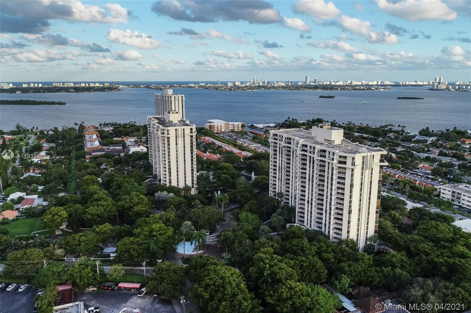 1000  Quayside Ter #809 For Sale A11033967, FL