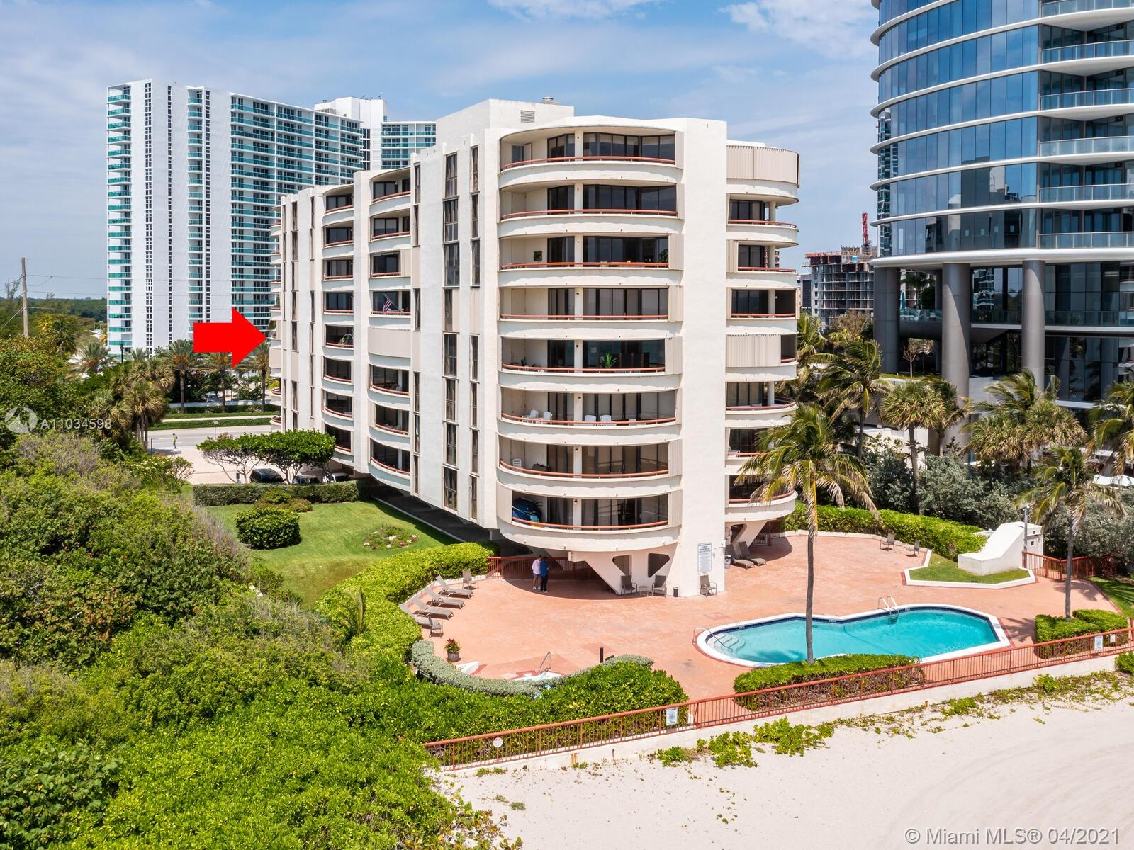 15645  Collins Ave   502-1