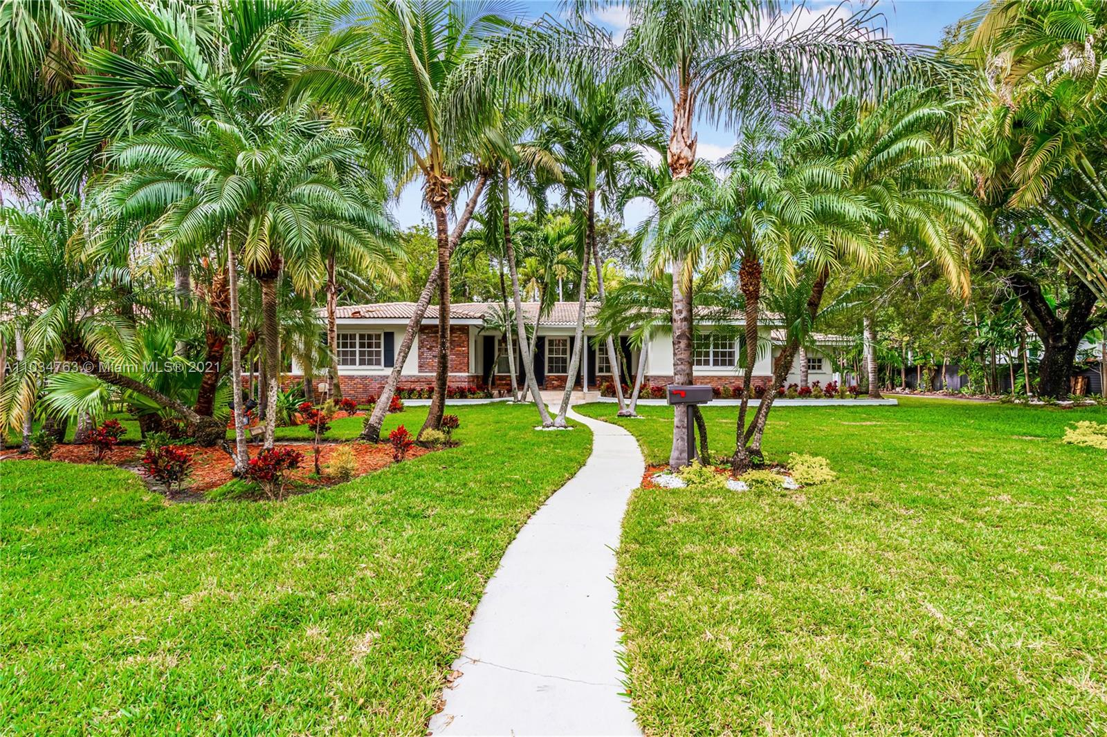 4756  Bay Point Rd  For Sale A11034763, FL