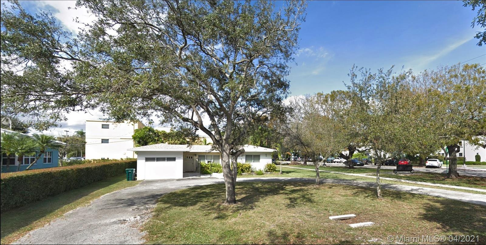 5701 SW 77th Ter  For Sale A11034727, FL