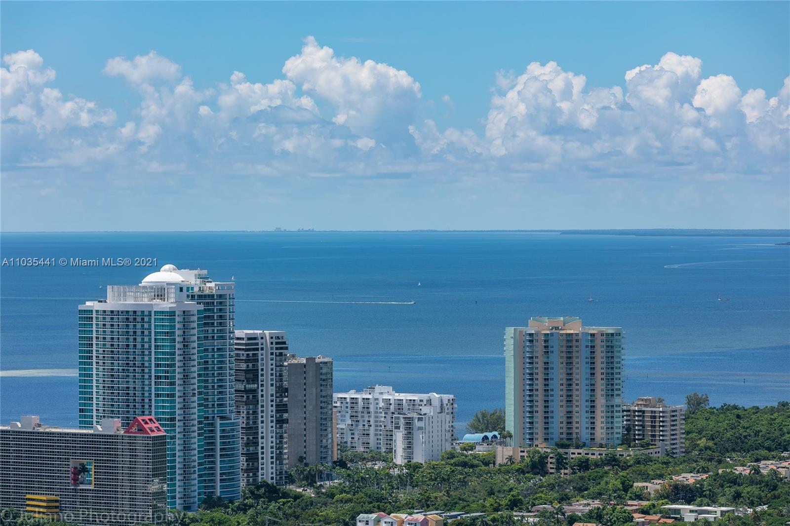 55 SW 9th St #UPH4603 For Sale A11035441, FL