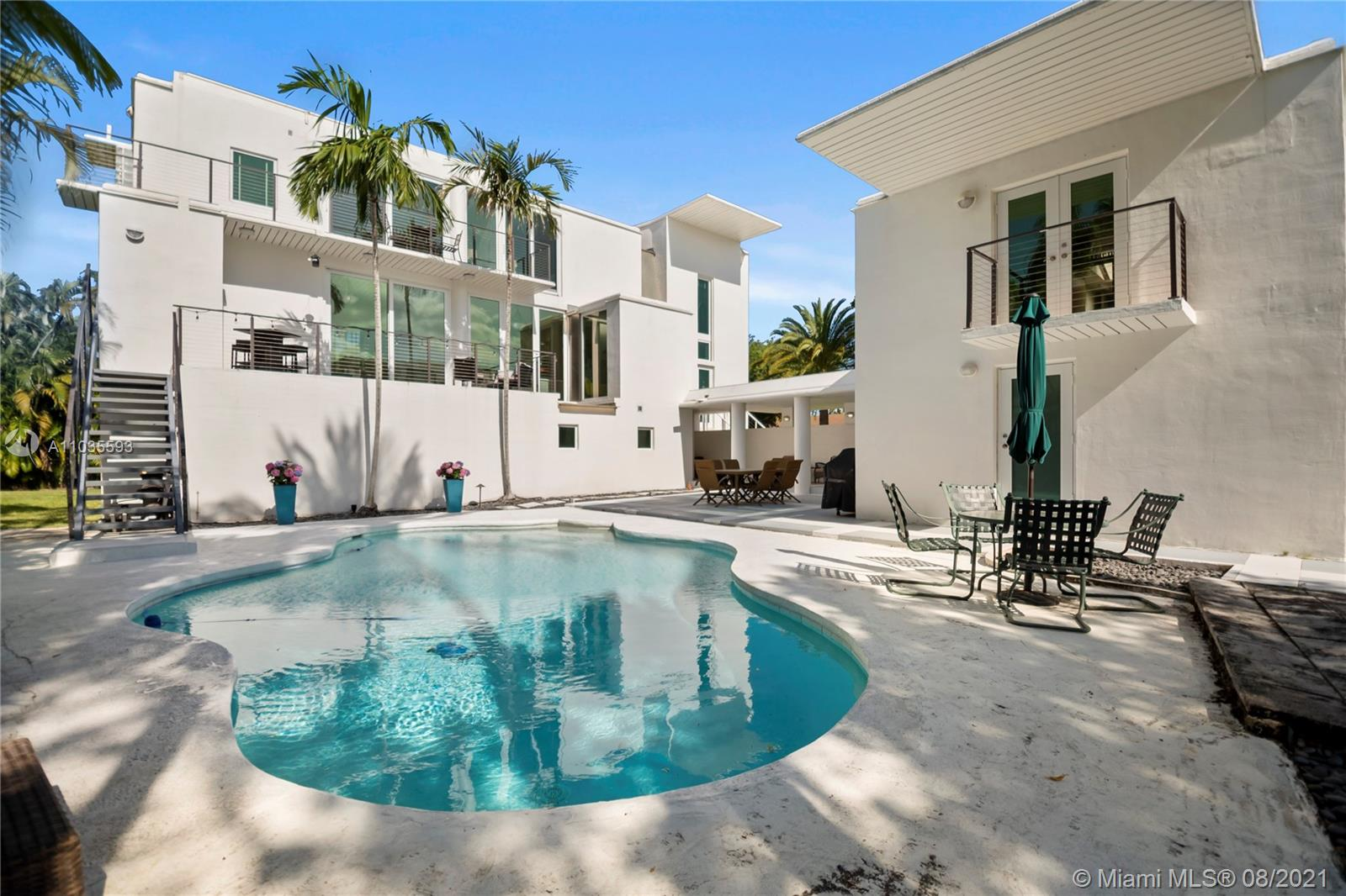 7860 SW 170 St  For Sale A11035593, FL