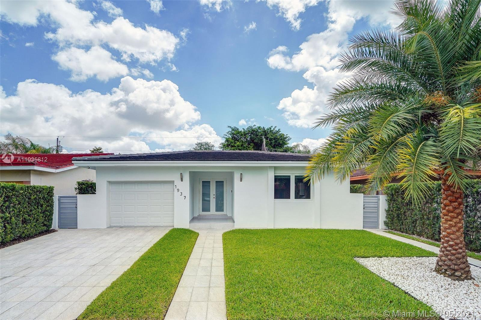 1937 SW 57th Ave  For Sale A11035812, FL