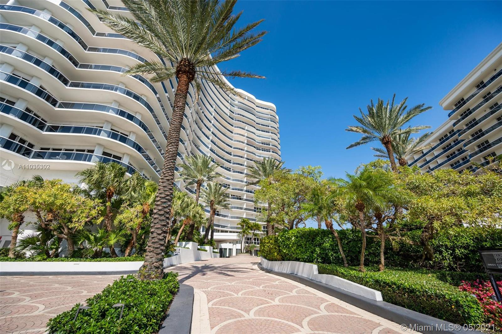 Spectacular Oceanfront Residence with Breathtaking Ocean and City Views..  2160 SQFT unit, 02 Bed 02 Bath, Spacious Layout with a Private Elevator,  Marble floor, Large Kitchen, walk-in closets, Over Sized Balcony. Enjoy To All The Finest Amenities Including Pool, Beach Service,  Tennis court, Gym , Valet, Concierge and more. Majestic Tower Luxury Lifestyle located at Bal Harbour.