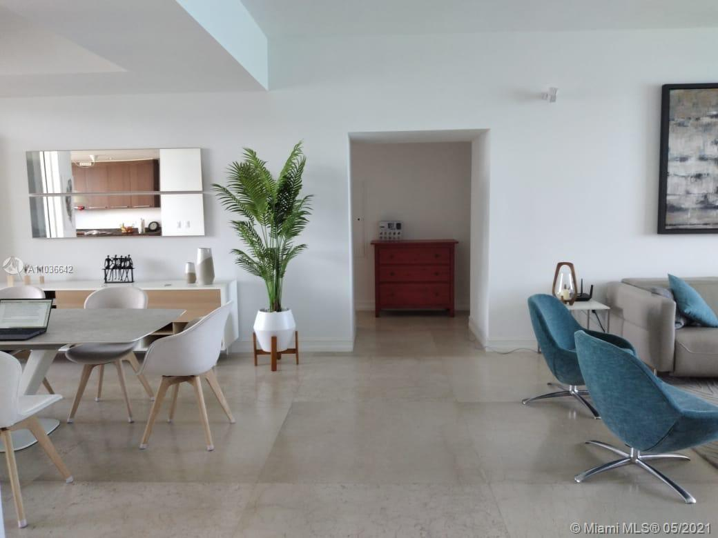 15901  Collins Ave   1204-1
