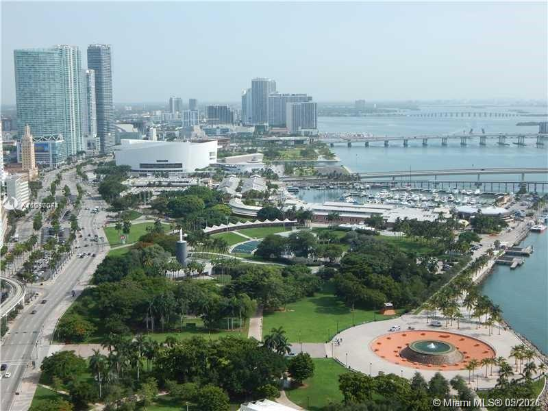 LOCATION LOCATION LOCATION. This 1 bed 1 bath unit features panoramic views of Biscayne Bay, The Port of Miami, Downtown Miami's Skyline & South Beach. Walking distance to Bayfront Park, Brickell, the Metro Rail, etc. Tile Floors wooden look alike. The unit is rented until 06/14/21