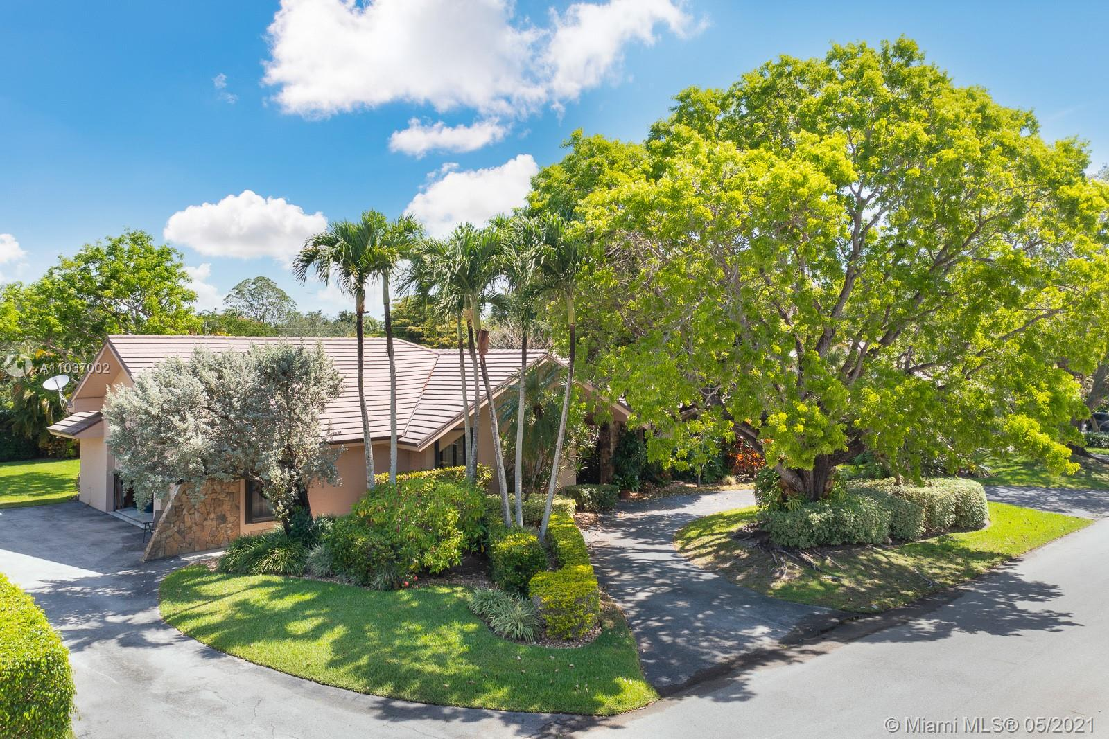 7525 SW 115th St  For Sale A11037002, FL