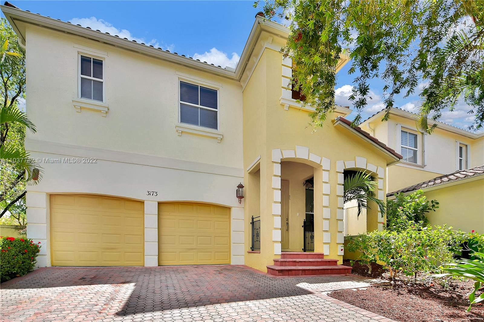 """Two-Story SFH in beautiful Aventura Lakes Gated Community. The PERFECT FOR A BIG FAMILY. House sits on one of the largest lots (5,992 SF) with """"L"""" shape back yard with pool, great space to entertain people. Extended driveway for 4 cars and 2 in the garage. House features a built-in office on the first floor for remote work. Open floor plans, high ceilings, marble on the 1st floor, and laminated wood on the 2nd floor. Open kitchen with stainless steel appliances. Less than 8 min walk to the new Aventura Don Soffer Highschool. """"Aventura The City of Excellence"""" highlights this beautiful private gated family-oriented community of single-family homes with a beautiful and tropical clubhouse for everyone to enjoy. Aventura Lakes is close to everything. House needs a little TLC."""
