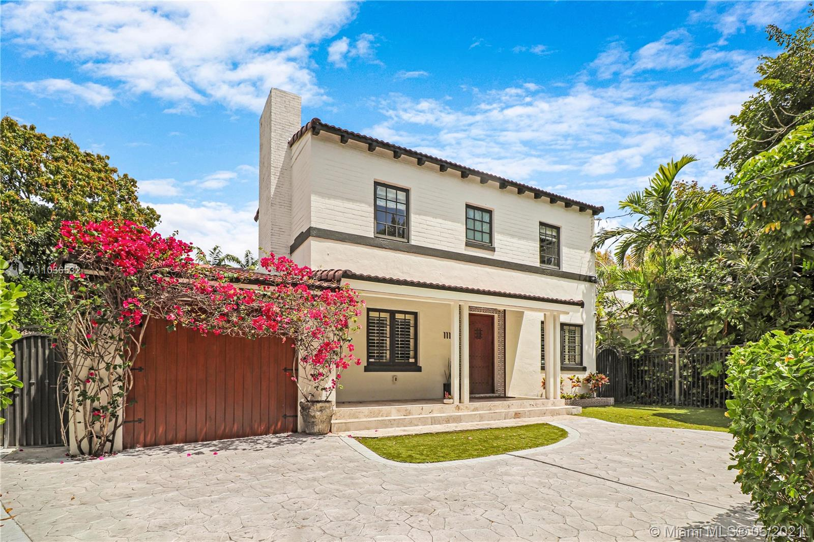 111 SW 29th Rd  For Sale A11036532, FL