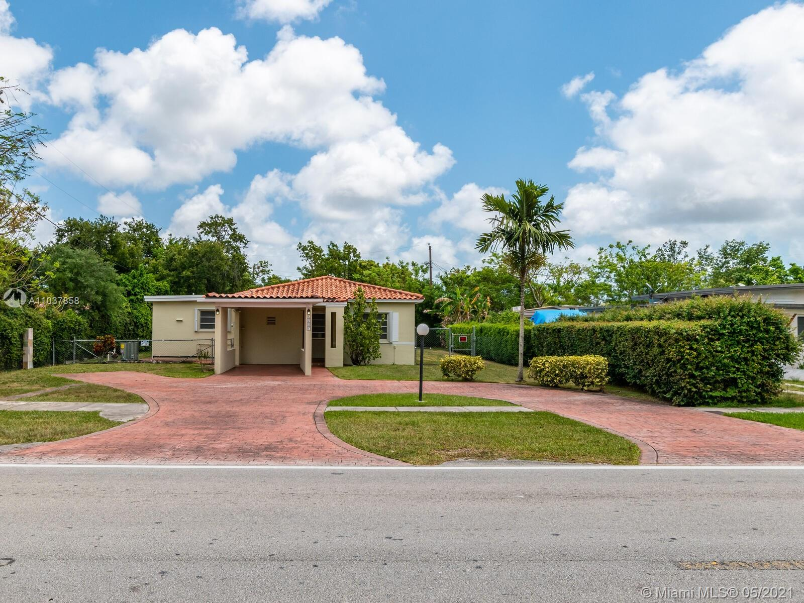 5201 SW 67th Ave  For Sale A11037858, FL