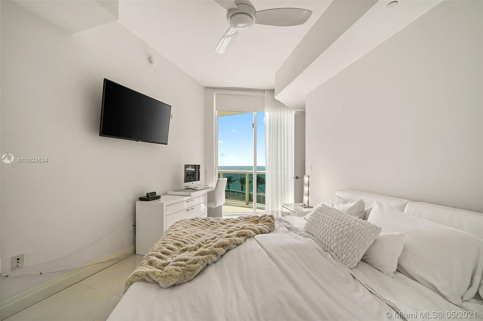16001  Collins Ave   507-1